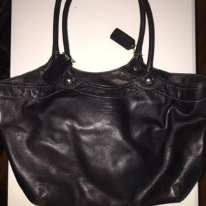 NEW Authentic Coach Leather Tote Black